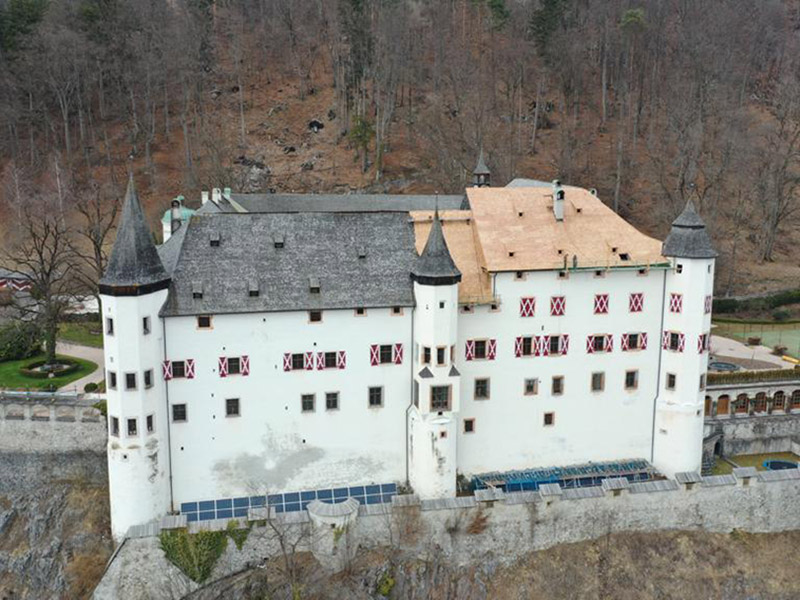 Dachsanierung Schloss Tratzberg